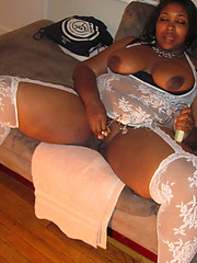 Nice young ebony pussy pictures